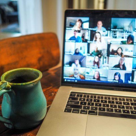 Comment participer à une rencontre à distance avec la plateforme ZOOM